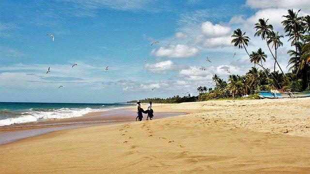 pláž na srí lance.jpg